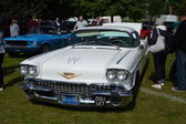 BROMLEY LONDON UK  JUNE 07  BROMLEY PAGEANT of MOTORING The biggest one day classic car show in the world June 07 2015 in Bromley London UK — Stock Photo