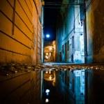 Old street in the Italian city at night — Stock Photo #69991611