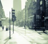 Doppeldeckerbusse auf der Straße in London — Stockfoto