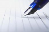 Kalem kalem yazma — Stok fotoğraf