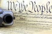 US Constitution with Hand Gun - Right To Keep and Bear Arms — Stock Photo