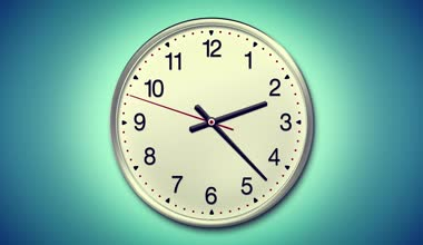 Large round clock counting down 12 hours over 30 seconds. Time lapse. Light blue background — ストックビデオ