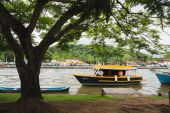 Boat in the water inParaty, — Foto Stock