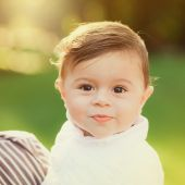 Portrait of beautiful smiling cute baby boy — Stock Photo