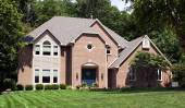 Beautiful Red Brick Home — Stock Photo