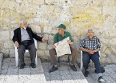Three Men in Street, Jerusalem — Stock Photo
