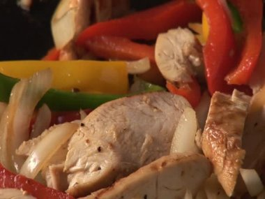 Cooking vegetables and chicken breast fillet — Stock Video