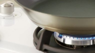 Olive oil being heated — Stock Video