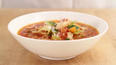 Minestrone with parmesan — Stock Video