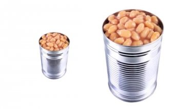 Baked beans in opened tins — Stock Video