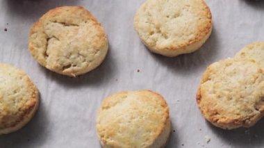 Freshly baked cookies — Stock Video