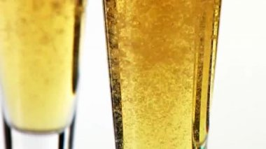 Pouring beer in a glasses — Stock Video