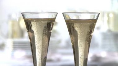 People toasting with champagne  flutes — Stock Video