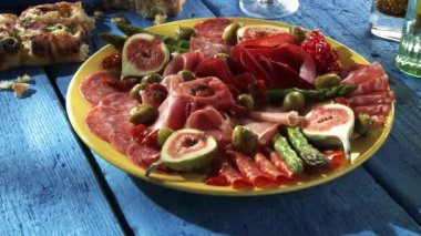 Plate of antipasti on the table — Stock Video