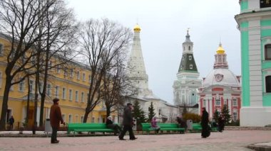 Sergiev Posad, Russia, on the territory of the Holy Trinity St. Sergius Lavra, people walking — Stock Video