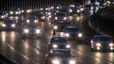 Highway traffic at night — Stock Video