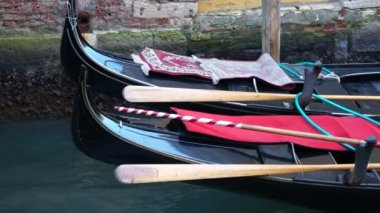 Gondolas in Venice — Stock Video