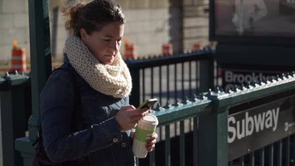 Видео женщиналюбит женщину фото 403-709
