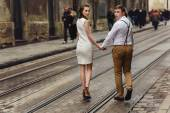 Couple walk in old town lviv,kissing,loving — Stock Photo