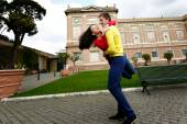 Loving couple in the garden of the Vatican Museum in Rome Italy — Stock Photo