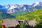 Panorama of Telluride Mountains and houses in Colorado, USA. — Stock Photo