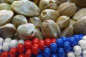 Hemp seeds in  flag colours — Stock Photo