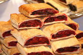 Homemade strudel filling with  sour cherry cream — Stock Photo