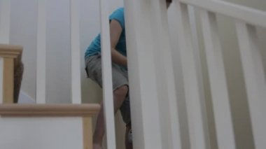 Baby and mother on the stairs — Stock Video