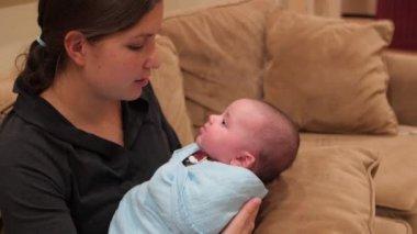 Mother nursing her baby — Stock Video