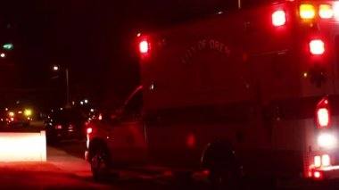 Emergency vehicles at night — Stock Video