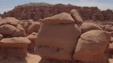 Goblin valley rock formations — Stock Video