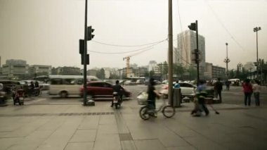 Downtown China traffic on a cross — Stock Video