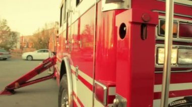 Front of red firetruck — Stock Video