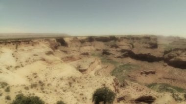 Grand canyon in a hot dry desert — Stock Video