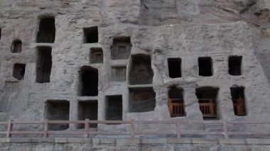 Caves in the Yungang grottoes in Datong — Stock Video