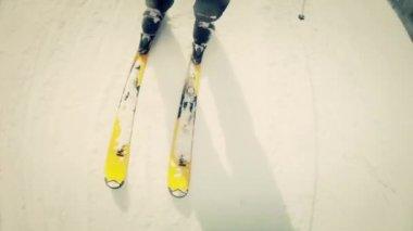 Man skiing on ski resort — Stock Video