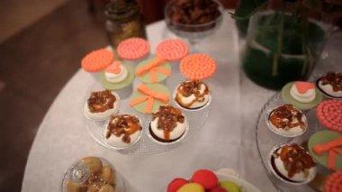 Wedding Cupcakes — Stock Video