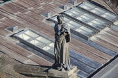 Statues on the roof — Stock Photo