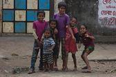 Children outdoors in Dhaka — Stock Photo