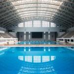 Empty swimming pool — Stock Photo #67759683