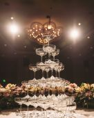 Champagne tower — Stock Photo