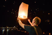 November 11, 2013 - Chiang Mai, Thailand: Tourist participated in Loy Krathong festival in Chiang Mai, Thailand — Stock Photo