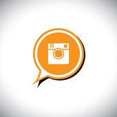 Digital camera flat design social media vector icon in chat symb — Stock Vector