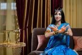 Caucasian woman in traditional Indian clothing — Foto de Stock
