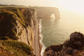 Etretat Aval Cliff, rocks, and natural arch in Normandy, France — Stock Photo