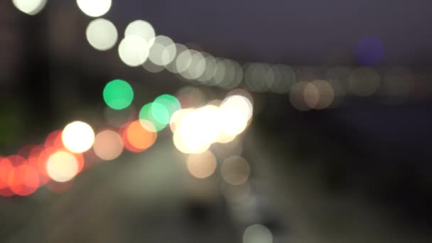 Out of focus vehicle lights at Marine Drive the Queen's necklace, Mumbai, Maharashtra, India. — Vídeo de stock