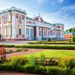 Kadriorg palace — Stock Photo #80314904