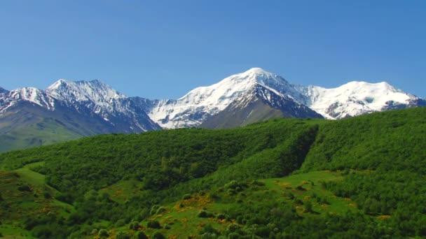 Nature and landscapes mountainous gorges — Vídeo de stock