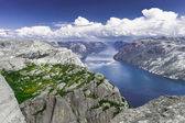 Trekking in Norwegian fiords — Stock Photo