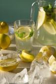 Fresh homemade lemonade. — Stok fotoğraf
